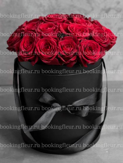 """Букет в шляпной коробке """"Красное и черное"""""""