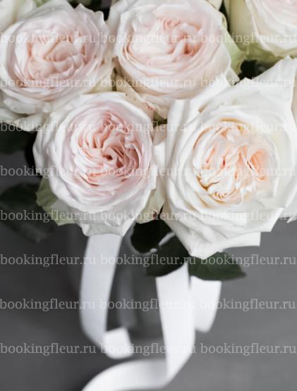 Монобукет из 11 роз White O'Hara