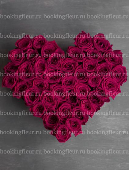 """Букет-сердце из розовых роз """"Очарование"""""""