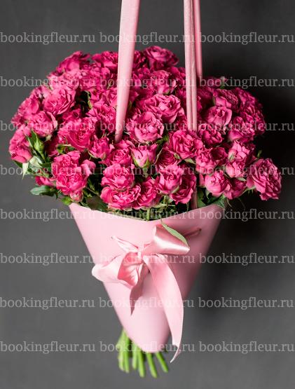 Монобукет из роз Liane в конусе